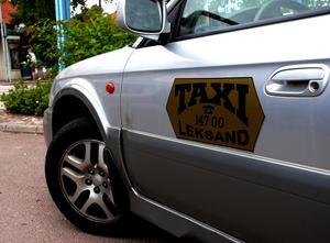 Tragiskt. Många personer upplever det som tragiskt att det fina serviceföretaget Taxi Leksand inte längre finns. Många saknar den fina servicen som det lokala företaget kunde ge, inte minst när det gällde privata taxiresor. Foto:Göran Persson