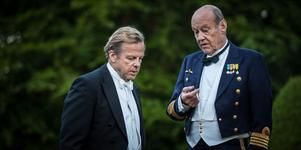"""Kurt Wallander och hans dotters svärfar (Sten Ljunggren) får se nya sidor av varandra i den 27:e """"Wallander""""-filmen."""
