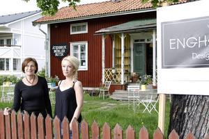 I sommar ska Vision af Enghsgården vara på plats med kafé och butik i den lilla röda stugan.