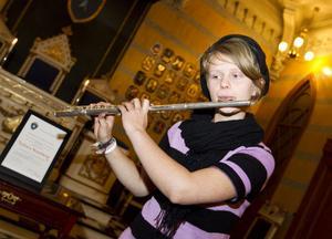 Felisia Westberg. Musiktalang som igår fick ta emot ett fint stipendium.