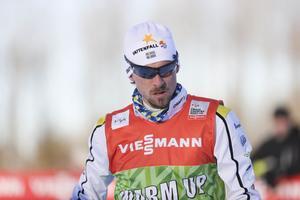 Johan Olsson kommer till Lahti först på onsdag. Då har VM redan börjat.