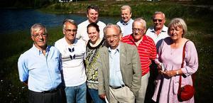 Det lokala partiet SRD tror på landsbygden. Från vänster: Willy Eriksson, Hans-Olov Wernersson, Marie Mill, Jonny Mill, Leif Hansen, Thomas Wandel, Odd Derås, Folke Andersson, Monica Wandel.