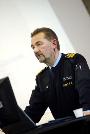 Länspolismästaren talade under Internationella brottsofferdagen.