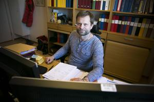 Bedrägerigruppens chef Björn Sidenhjärta avråder från att använda sig av privata låneverksamheter, men väljer att inte utreda de anmälningar som har kommit in mot en kvinna i Dalarna.