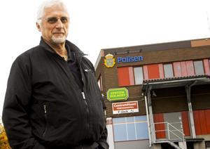 Dags för civila kläder. Den sista oktober slutar Gunno Johansson som polis i Hällefors. Han har arbetat som polis i nära 43 år.