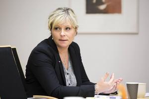 Paulina Karlsén säger att signaler om risk för hemlöshet ska fångas upp tidigare än i dag.