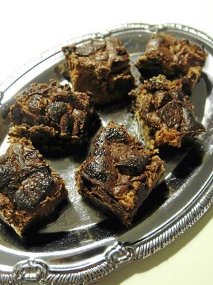 Brownies med jordnötssmör.