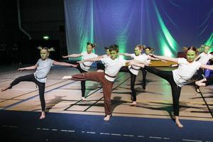 Perfekt samordning i dansen.