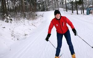 Marta Zdravkovic från Serbien åker skidor för tredje gången.-- Det är roligt men svårt, säger hon.FOTO: ANNIKA BJÖRNDOTTER