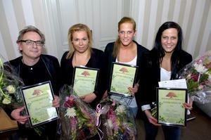 Prisade. Handbollspelarna Linn och Lina Larssson samt Sara Johansson och skådespelaren Magnus Wetterholm är Sparbankstiftelsen Bergslagens vårstipendiater.