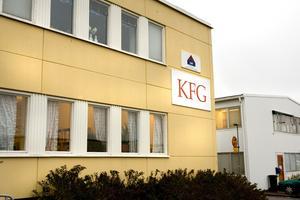 Arbetsförmedlingen ska granska om Sandvikenföretaget KFG bryter mot avtalet som tecknades när man fick uppdraget att jaga jobb åt långtidsarbetslösa.