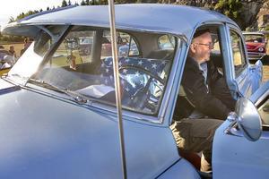 I filmen Gudfadern förekommer bilar av typen Cadillac Fleetwood som Roger Sundfors har.