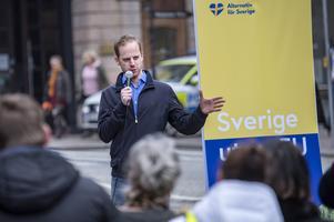 Gustav Kasselstrand, partiledare för Alternativ för Sverige (AF ), under ett EU-valmöte i förra veckan. Foto: Johan Nilsson/TT