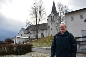 Gunnar Nyberg gick i sjunde klass när filmteamet kom till byn i Kyrkdal för att spela in Emil i Lönneberga. Dals kyrka i Kyrkdal valdes för att den liknar Lönneberga kyrka.
