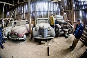 I två dagar har olika förmål auktionerats ut på Kumla gård i Hovsta. På söndagen nås kulmen när de här och många andra rariteter ska säljas.