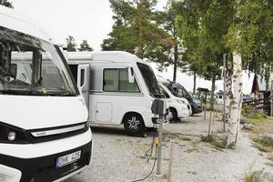 Stocka gästhamn har plats för ett 20-tal husbilar och när det är högsäsong är det fullbokat.