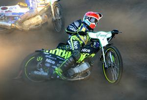 Antonio Lindbäck, Masarna