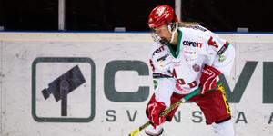 Ronja Mogren såg länge ut att bli matchvinnare med sitt 2–1-mål men en sen kvittering från Göteborg grusade Modos måndagskväll. Bild: Tobias Sterner/Bildbyrån