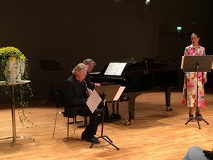 Sanna Gibbs stod tillsammans med Krister Andersson och Mats Widlund för kvällens mest lyckofyllda nummer.