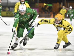 Hammarbys Kasper Milerud och Vetlandas Tobias Nyberg under tisdagens kvartsfinal, som Hammarby till sist vann. Bild: Claudio Bresciani / TT