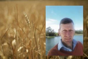 Södertälje kommuns lantbruksrådgivare Wijand Koker tycker att vi ska ta vara på vinterns nederbörd för att kunna säkra vatten till framtidens odlingar.