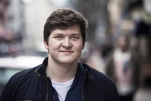Ung Vänsters ordförande Henrik Malmrot.