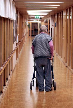 I omsorgsavgiften för den enskilde ska endast tjänster som tillhandahålls med stöd av socialtjänstlagen ingå, står att läsa i Borlänge kommuns beslut.