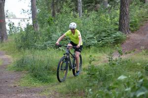 Cykel och löpning skedde vid närliggande slinga till Ösmo centrum.