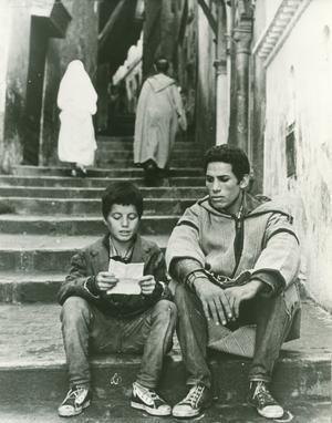 Mohamed Ben Kassen spelar Omar och Brahim Hadjadj Ali la Pointe i