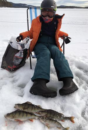 Edvin Trygg hade god fiskelycka. Foto: Thomas Sundemyr.
