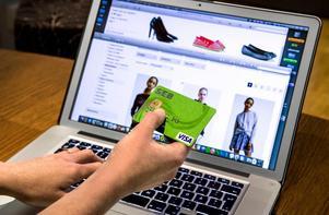 E-handeln i Sverige växer så det knakar och omsätter i dag 67 miljarder kronor.Foto: Claudio Bresciani/TT