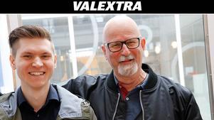 Markus Allard från Örebropartiet tillsammans med partikollegan  Peter Springare.
