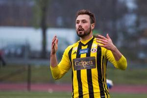 Pelle Lööf börjar närma sig en comeback.