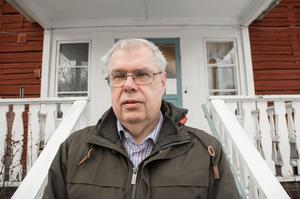 Falun behöver ett natthärbärge för hemlösa, anser Ulf Linde, föreståndare för Ria-stugan i Falun. Just nu ser han dagligen minst tre personer som helt saknar egen bostad.