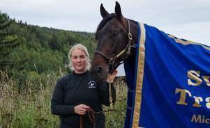 Linda, här med Attraversiamo, har alltid älskat hästar.