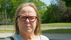 Christina Karlsson vill ha bättre äldrevård i Köping.