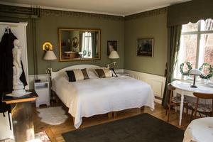 Ytterligare ett sovrum i den stora villan.