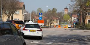 Omledning av trafiken sker på Österled och mot Strömsnäsbron, där det går att komma över Arbogaån.