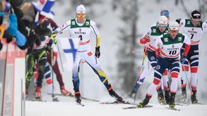 Calle Halfvarsson gick ut som nummer fyra i jaktstarten men tappade till en tiondeplats i Ruka. Bild: Anders Wiklund.
