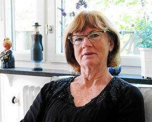 Moderaten Ann-Britt Åsebol sitter i socialutskottet och kritiserar regeringens sätt att stifta lagar och regleringsbrev i fallet med Försäkringskassan.