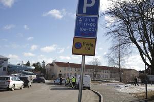 """På Tingshusgatan i """"rundeln"""" vid Sporthallen är det många bilar som har lappats de senaste åren."""