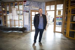"""""""Det finns inga konflikter eller så som ligger bakom att jag slutar. Jag älskar Lorensberga och jag stortrivs men jag känner att det kanske är dags för en ny kraft att ta över"""", säger numera rikskände rektorn Göran Törnqvist."""