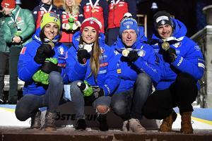 Italiens VM-bronslag.Lisa Vittozzi, Dorothea Wierer, Lukas Hofer och Dominik Windisch Foto: TT/Anders Wiklund