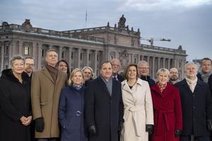 Tack vare samarbetet med Centerpartiet och Liberalerna kunde regeringen tillträda. 2011 inleddes samarbetet mellan Socialdemokraterna, Kristdemokraterna och Centerpartiet i Örebro.