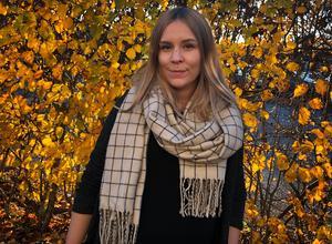 Ida Högback vid Stödcentrum för unga brottsoffer och vittnen, berättar att en ny trend som märks av är att barn blir rånade på sina märkeskläder.