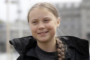 Hon har åstadkommit mer än vad hela Sveriges regering har lyckats med i klimatfrågan, skriver Ove Lennström om Greta Thunberg.