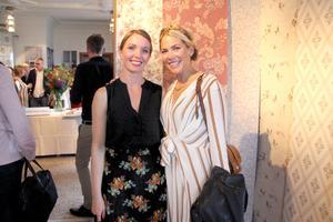 Husvänner på tapetsläpp. Erika Åberg och Emma Norelius lärde känna varandra under inspelningarna av