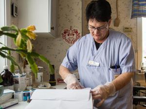 Lena Högberg arbetar i hemtjänsten i Bergvik.