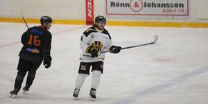 Daniel Reinvalds stängde matchen mot Drevviken med två mål i sista perioden.