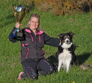 Anette Björkman Bergström och Okey vann DM i rallylydnad. Foto: Privat